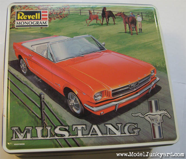 Post image for 64 Ford Mustang Convertible 1/25 from Revell Monogram