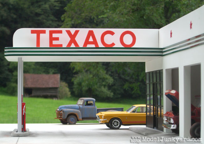 Post image for Texaco Gas Station photo shooting in Switzerland [2nd location]