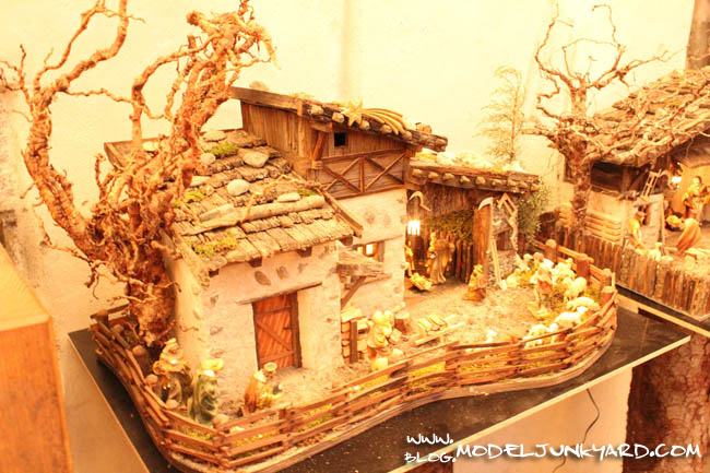 Christmas Diorama - Tree made with roots