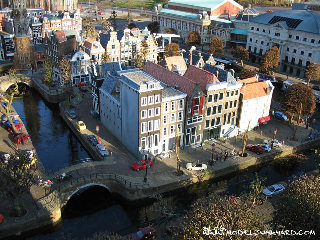 Post image for Visiting Madurodam – The Netherlands – A miniature city in 1:25 scale