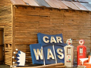 car_wash_pylon_sign_scale_model_diorama_1_25_650px-6