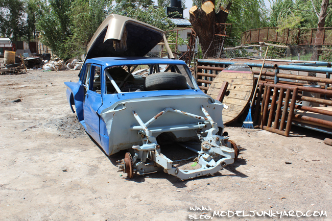 Road Trip Argentina Patagonia Junk Cars - Valiant Race Car