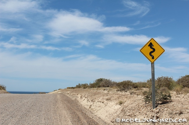 Post image for Argentina Road Trip – Road, Lanscapes and Road Signs