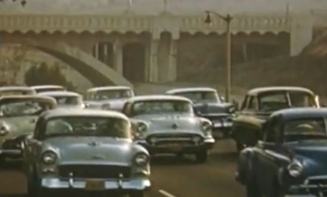 Post image for America in the 50's and 60's – original highway and street vintage footage