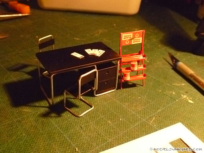 Post image for Old Gas Station Diorama – #5 & #6 – Vintage furniture and Oil Rack – Styrene scratch building [blueprints + video]