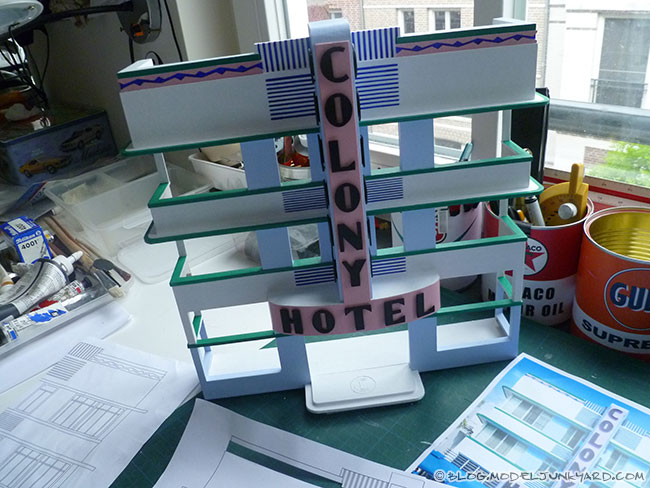 Post image for Making the facade of Miami's Colony Hotel in 1:43 scale – #3 Painting