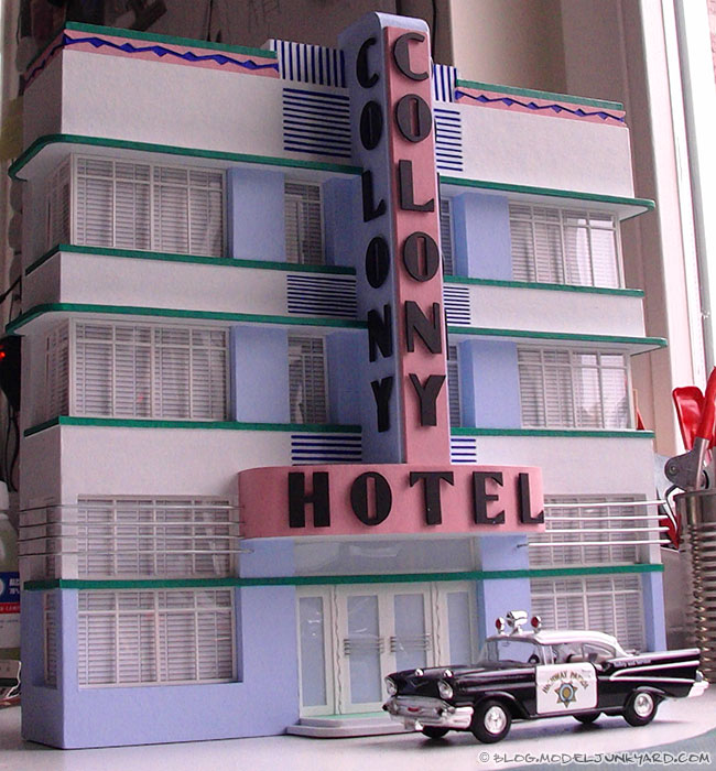 colony-hotel-miami-scale-model-facade-1-43-scale-02