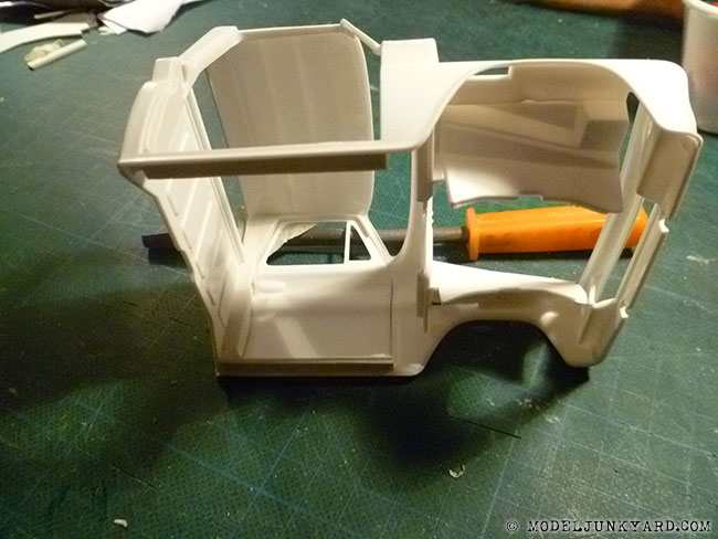 64-chevy-pickup-fleetside-revell-1-25-scale-20-door-panels