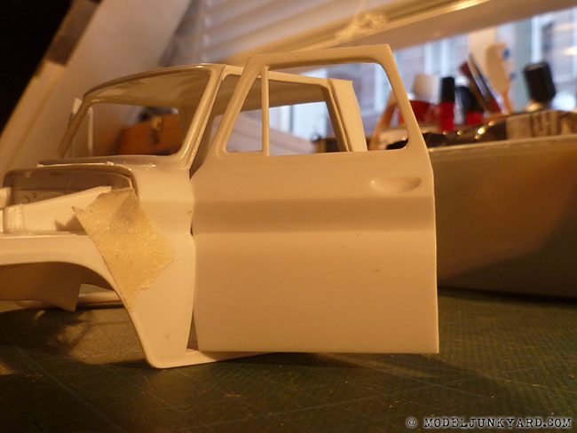 64-chevy-pickup-fleetside-revell-1-25-scale-32-door-panels