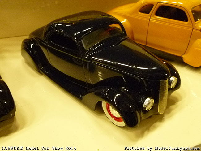 jabbeke-2014-on-the-road-scale-model-car-show-american-cars-033