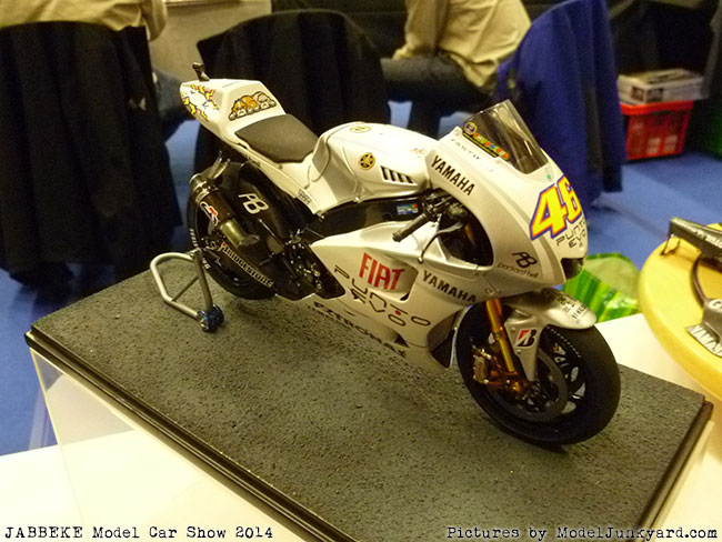 jabbeke-2014-on-the-road-scale-model-car-show-bikes-021