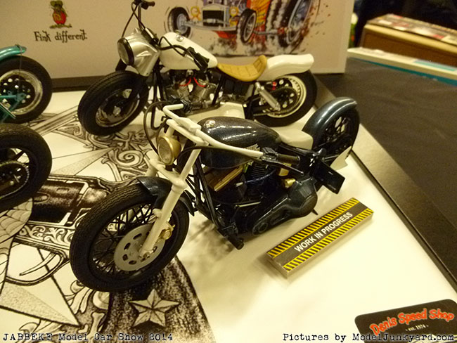 jabbeke-2014-on-the-road-scale-model-car-show-bikes-028