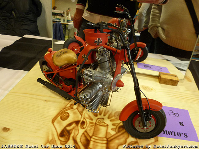 jabbeke-2014-on-the-road-scale-model-car-show-bikes-036