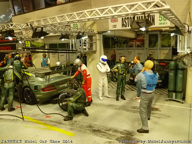 jabbeke-2014-on-the-road-scale-model-car-show-dioramas-007