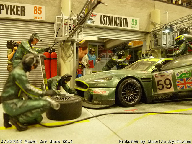 jabbeke-2014-on-the-road-scale-model-car-show-dioramas-009