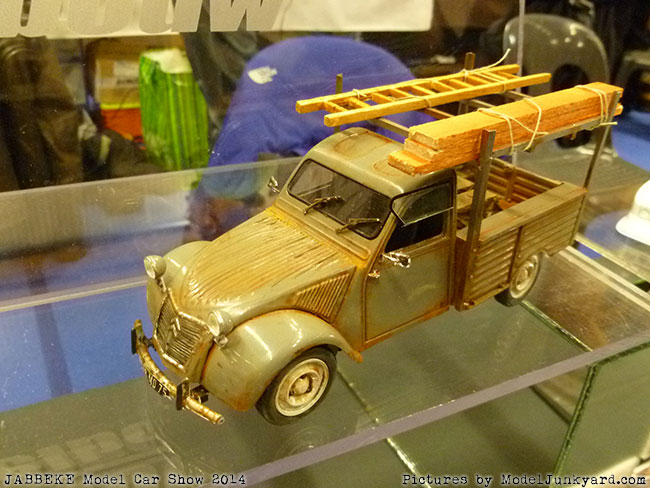 jabbeke-2014-on-the-road-scale-model-car-show-european-asian-cars-035