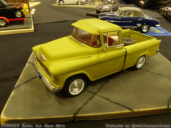 jabbeke-2014-on-the-road-scale-model-car-show-pick-ups-036