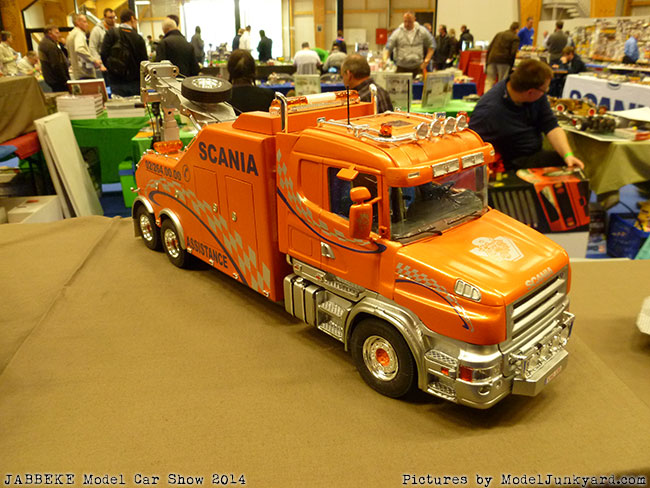 jabbeke-2014-on-the-road-scale-model-car-show-trucks-rigs-trailers010