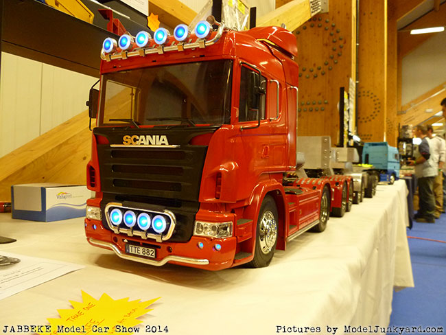 jabbeke-2014-on-the-road-scale-model-car-show-trucks-rigs-trailers023