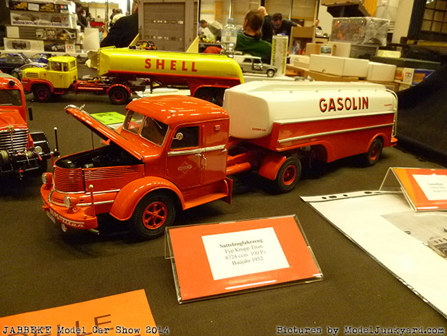 jabbeke-2014-on-the-road-scale-model-car-show-trucks-rigs-trailers039