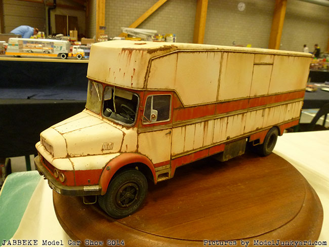 jabbeke-2014-on-the-road-scale-model-car-show-trucks-rigs-trailers216