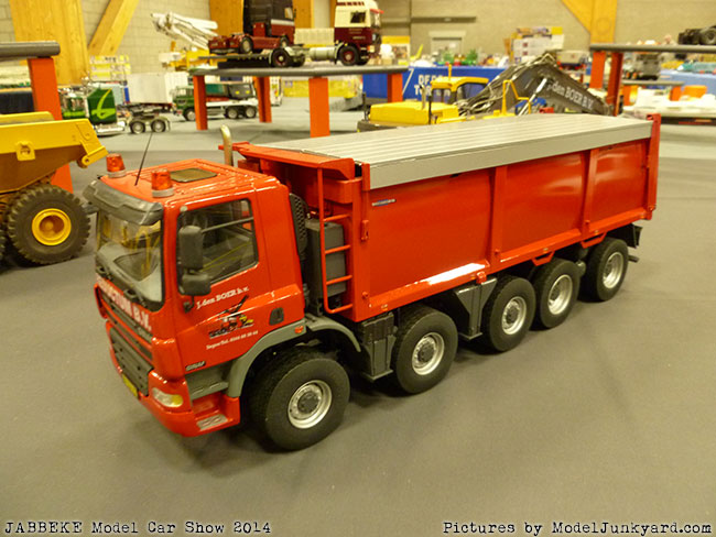 jabbeke-2014-on-the-road-scale-model-car-show-trucks-rigs-trailers228