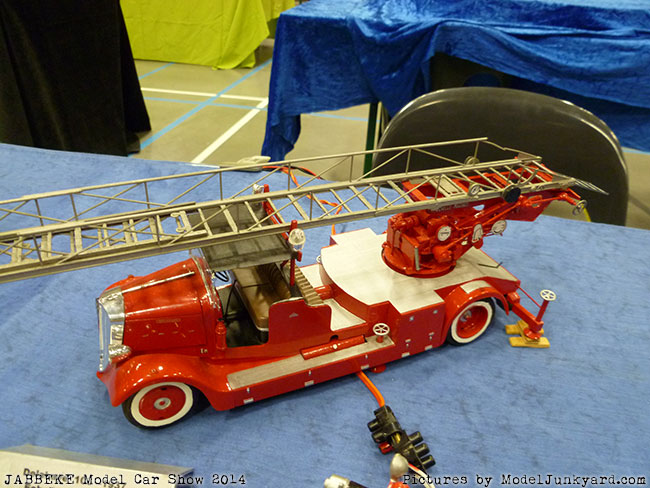jabbeke-2014-on-the-road-scale-model-car-show-trucks-rigs-trailers260