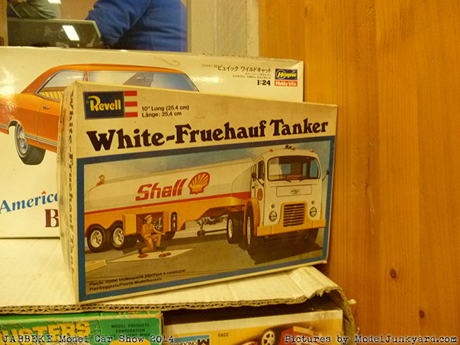 jabbeke-2014-on-the-road-scale-model-car-show-vintage-model-kits-038