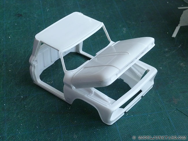 64-chevy-pickup-fleetside-hood-hinges-revell-1-25-scale-10