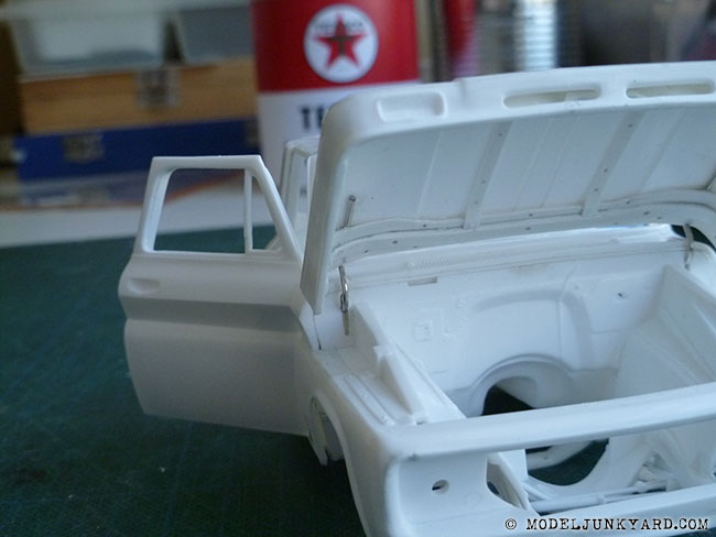 64-chevy-pickup-fleetside-hood-hinges-revell-1-25-scale-19