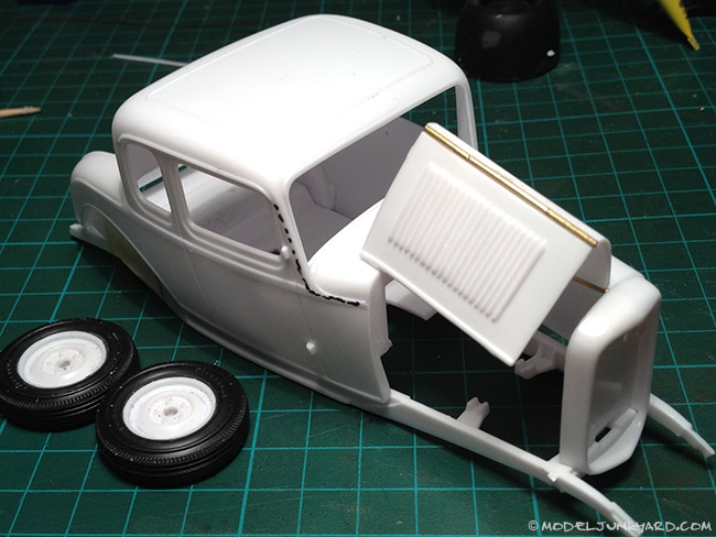 Post image for 32 Ford 1/25 Scale – How to make hood hinges
