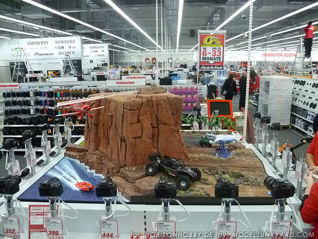 HorizonHobby 's Monument Valley diorama for MediaMarkt Elmshorn